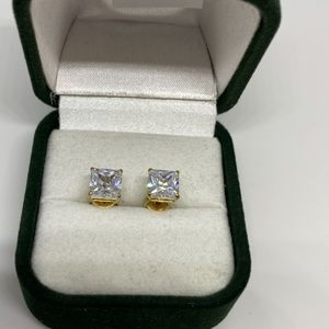 Jewelry - New 14K real yellow gold earrings